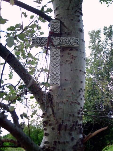 Memorial Cross in Molidorf - July 12, 2007<br>Click to enlarge