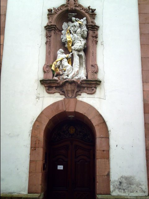 Maikammer Church entrance<br>Click to enlarge